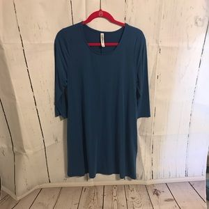 zenana premium blue Large Shirt!